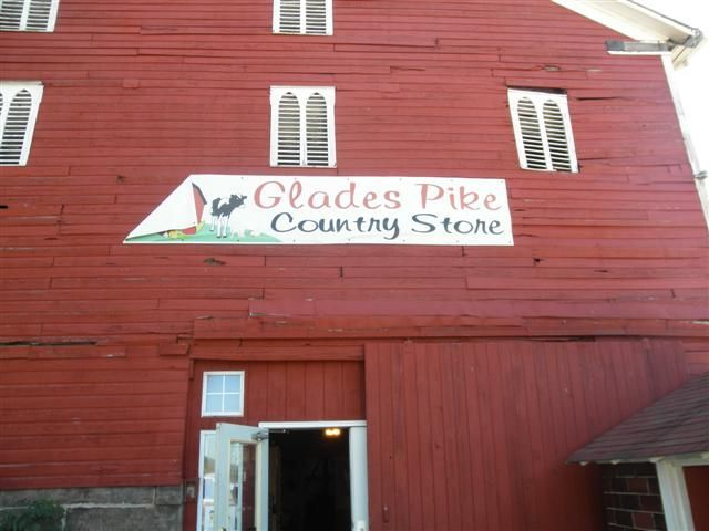 Glades Pike Country Store